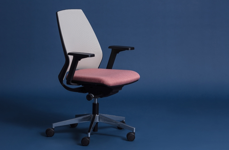 Chaise Alya, une création Studio Be My Desk
